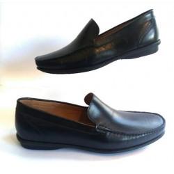 Sapato Masculino Mocassim  em Couro Preto Solado em Borracha