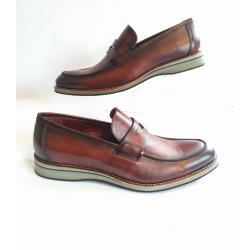 Sapato Masculino Mocassim  em Couro Whisky Solado em EVA