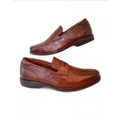 Sapato Masculino Mocassim Cacau em Couro com Solado Confort em Borracha com Textura