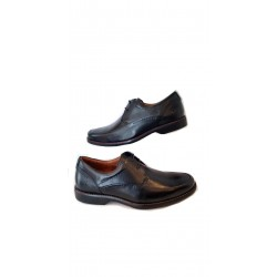 Sapato Masculino Preto em Couro com Cadarço com Solado Confort em Borracha
